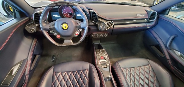 Used 2015 Ferrari 458 Spider for sale Sold at Bugatti of Greenwich in Greenwich CT 06830 22