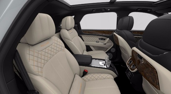New 2018 Bentley Bentayga Mulliner for sale Sold at Bugatti of Greenwich in Greenwich CT 06830 8