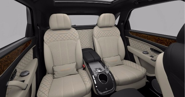 New 2018 Bentley Bentayga Mulliner for sale Sold at Bugatti of Greenwich in Greenwich CT 06830 9