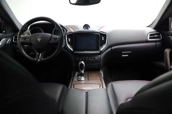 Used 2018 Maserati Ghibli S Q4 for sale Sold at Bugatti of Greenwich in Greenwich CT 06830 17
