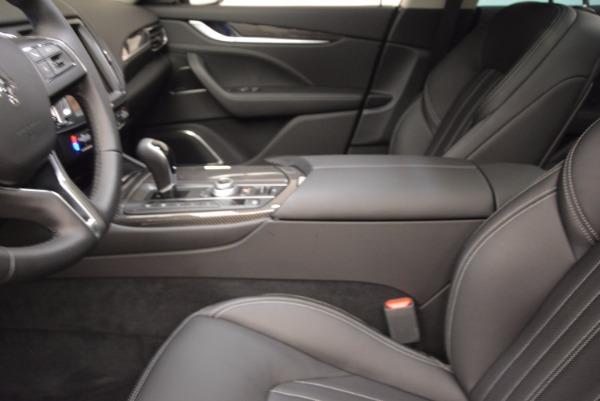 New 2018 Maserati Levante Q4 GranLusso for sale Sold at Bugatti of Greenwich in Greenwich CT 06830 14