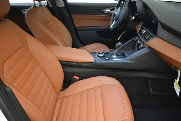 New 2018 Alfa Romeo Giulia Ti Lusso Q4 for sale Sold at Bugatti of Greenwich in Greenwich CT 06830 20