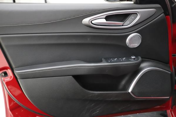 New 2018 Alfa Romeo Giulia Ti Sport Q4 for sale Sold at Bugatti of Greenwich in Greenwich CT 06830 17