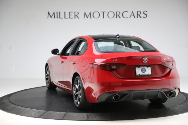 Used 2018 Alfa Romeo Giulia Ti Sport Q4 for sale $34,900 at Bugatti of Greenwich in Greenwich CT 06830 5