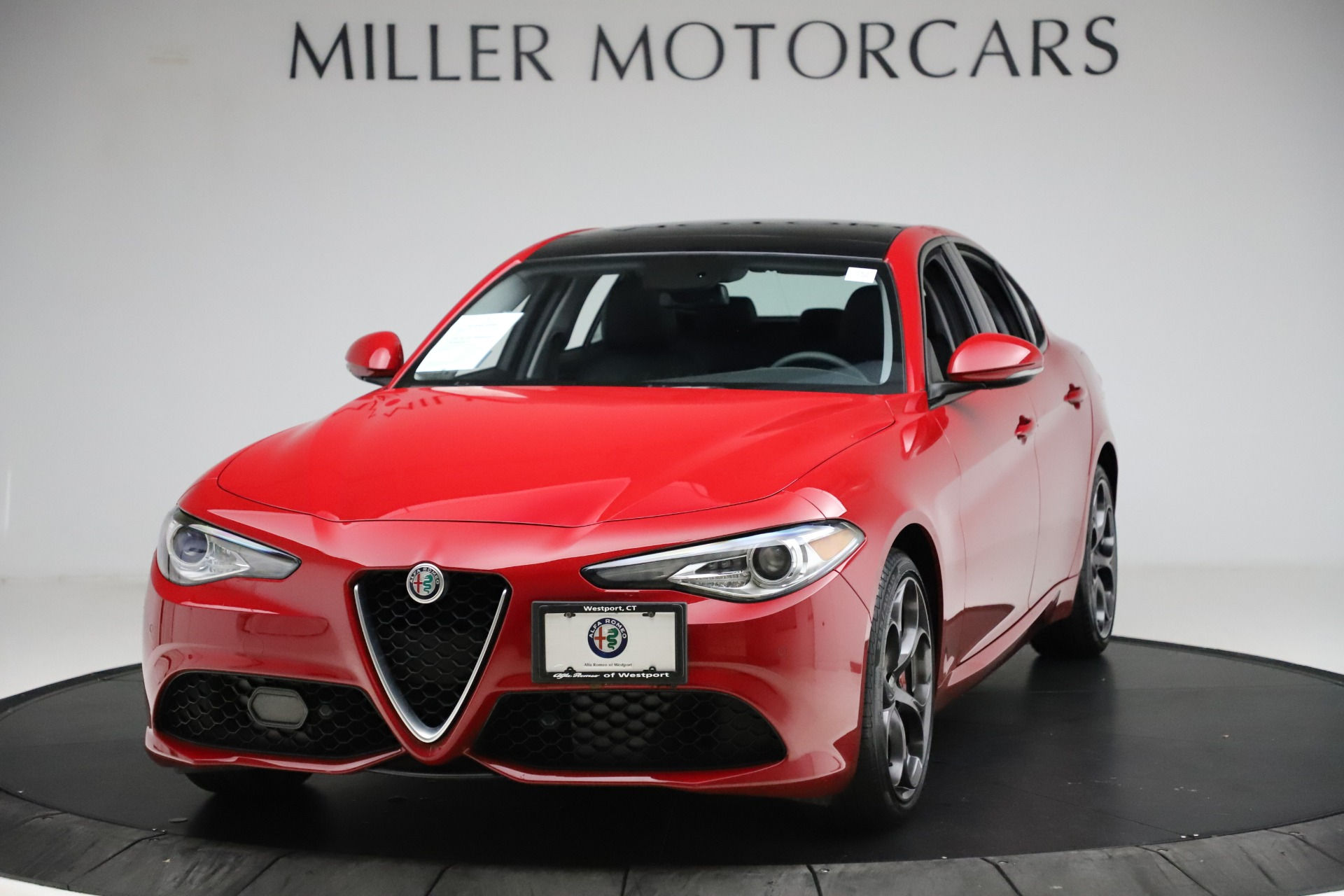 Used 2018 Alfa Romeo Giulia Ti Sport Q4 for sale $34,900 at Bugatti of Greenwich in Greenwich CT 06830 1