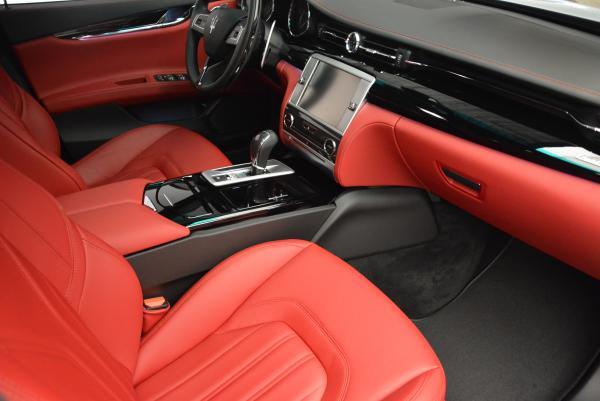 New 2016 Maserati Quattroporte S Q4  *******      DEALER'S  DEMO for sale Sold at Bugatti of Greenwich in Greenwich CT 06830 22