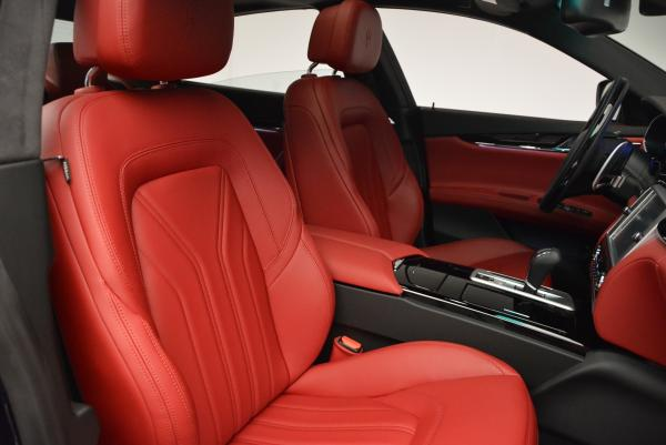 New 2016 Maserati Quattroporte S Q4  *******      DEALER'S  DEMO for sale Sold at Bugatti of Greenwich in Greenwich CT 06830 24