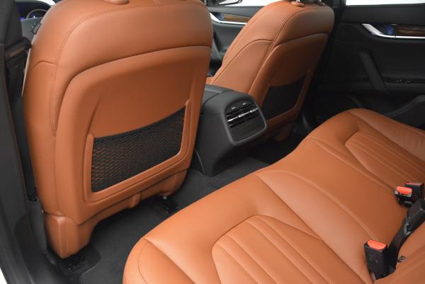 Used 2016 Maserati Ghibli S Q4 for sale Sold at Bugatti of Greenwich in Greenwich CT 06830 17