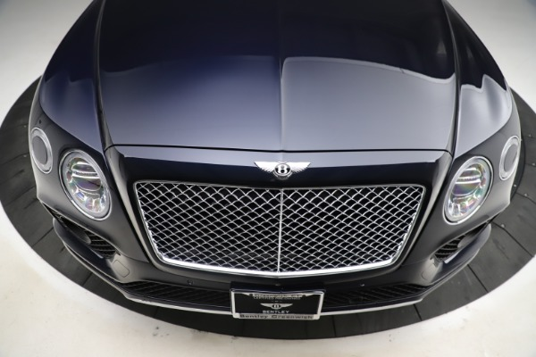 Used 2018 Bentley Bentayga W12 Signature for sale $154,900 at Bugatti of Greenwich in Greenwich CT 06830 14