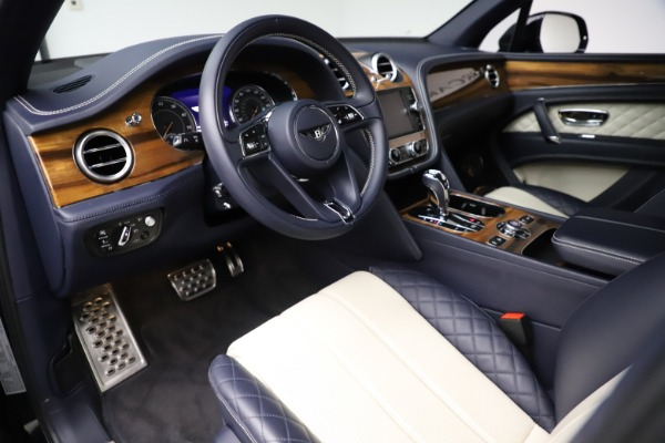 New 2018 Bentley Bentayga Signature for sale Sold at Bugatti of Greenwich in Greenwich CT 06830 18