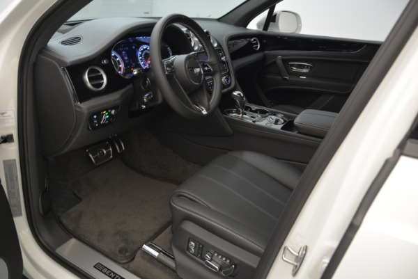 New 2018 Bentley Bentayga Black Edition for sale Sold at Bugatti of Greenwich in Greenwich CT 06830 28