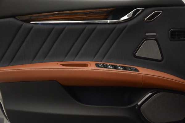 New 2018 Maserati Quattroporte S Q4 GranLusso for sale Sold at Bugatti of Greenwich in Greenwich CT 06830 26