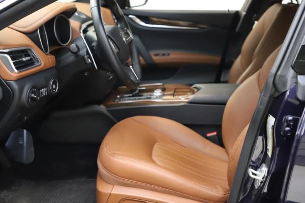 Used 2018 Maserati Ghibli S Q4 for sale $53,900 at Bugatti of Greenwich in Greenwich CT 06830 15