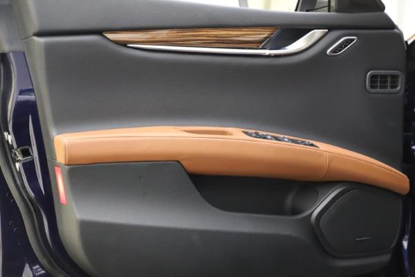 Used 2018 Maserati Ghibli S Q4 for sale $53,900 at Bugatti of Greenwich in Greenwich CT 06830 17