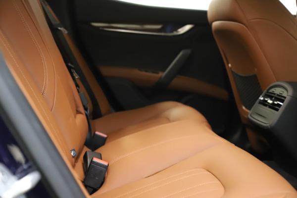 Used 2018 Maserati Ghibli S Q4 for sale $53,900 at Bugatti of Greenwich in Greenwich CT 06830 23