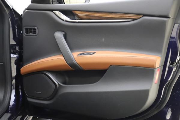 Used 2018 Maserati Ghibli S Q4 for sale $53,900 at Bugatti of Greenwich in Greenwich CT 06830 25