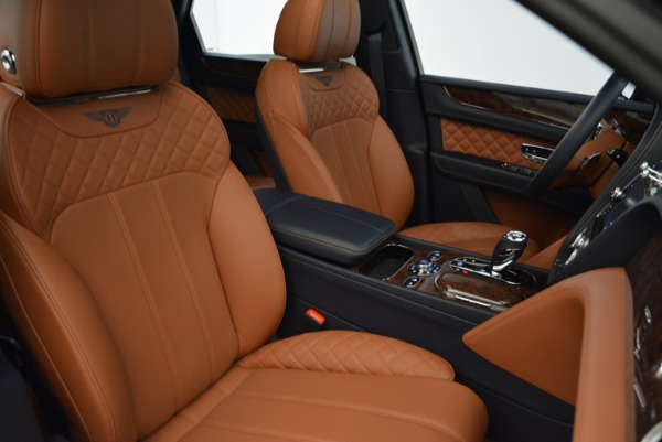Used 2017 Bentley Bentayga W12 for sale Sold at Bugatti of Greenwich in Greenwich CT 06830 23