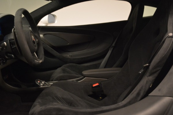 Used 2017 McLaren 570S for sale Sold at Bugatti of Greenwich in Greenwich CT 06830 17