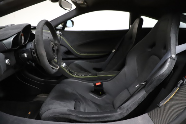 Used 2016 McLaren 675LT for sale $225,900 at Bugatti of Greenwich in Greenwich CT 06830 16