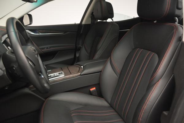 Used 2016 Maserati Ghibli S Q4 for sale Sold at Bugatti of Greenwich in Greenwich CT 06830 24