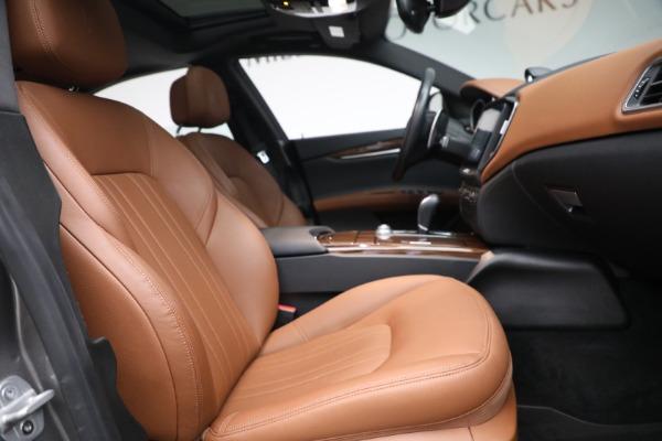 Used 2018 Maserati Ghibli S Q4 for sale $54,900 at Bugatti of Greenwich in Greenwich CT 06830 26