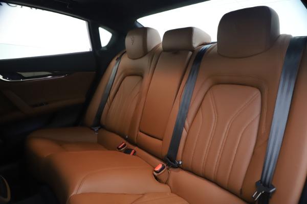 Used 2018 Maserati Quattroporte S Q4 GranLusso for sale $69,900 at Bugatti of Greenwich in Greenwich CT 06830 18