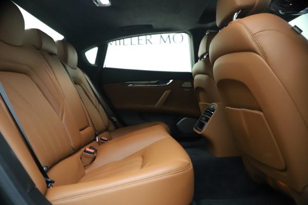 Used 2018 Maserati Quattroporte S Q4 GranLusso for sale $69,900 at Bugatti of Greenwich in Greenwich CT 06830 25
