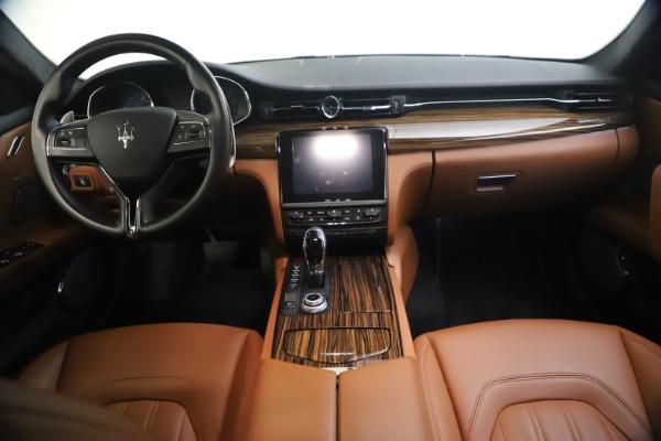Used 2018 Maserati Quattroporte S Q4 GranLusso for sale $69,900 at Bugatti of Greenwich in Greenwich CT 06830 27