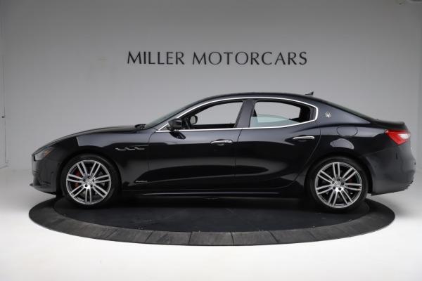 Used 2018 Maserati Ghibli S Q4 Gransport for sale $55,900 at Bugatti of Greenwich in Greenwich CT 06830 3