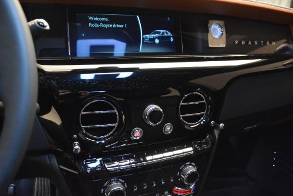 Used 2018 Rolls-Royce Phantom for sale Sold at Bugatti of Greenwich in Greenwich CT 06830 14