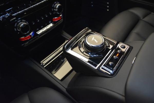 Used 2018 Rolls-Royce Phantom for sale Sold at Bugatti of Greenwich in Greenwich CT 06830 15