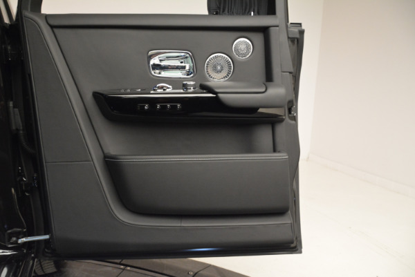 Used 2018 Rolls-Royce Phantom for sale Sold at Bugatti of Greenwich in Greenwich CT 06830 16