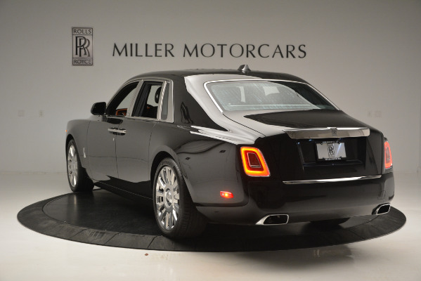 Used 2018 Rolls-Royce Phantom for sale Sold at Bugatti of Greenwich in Greenwich CT 06830 5