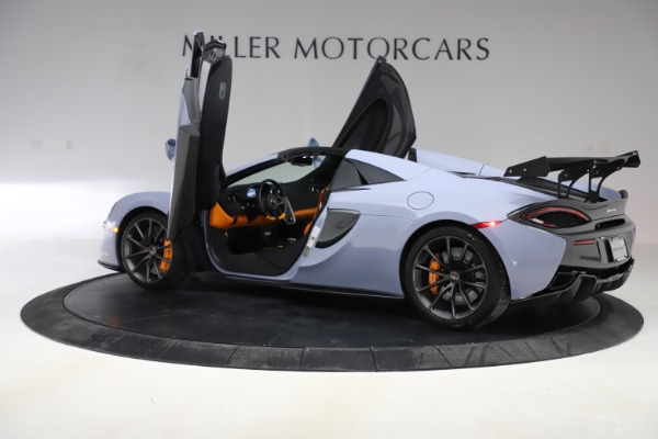 Used 2018 McLaren 570S Spider for sale Sold at Bugatti of Greenwich in Greenwich CT 06830 20