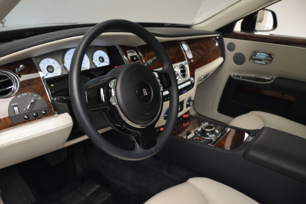 Used 2015 Rolls-Royce Ghost for sale Sold at Bugatti of Greenwich in Greenwich CT 06830 21