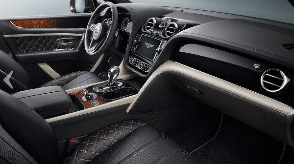 New 2018 Bentley Bentayga Mulliner for sale Sold at Bugatti of Greenwich in Greenwich CT 06830 13