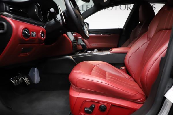 Used 2018 Maserati Quattroporte S Q4 GranSport for sale $67,900 at Bugatti of Greenwich in Greenwich CT 06830 14