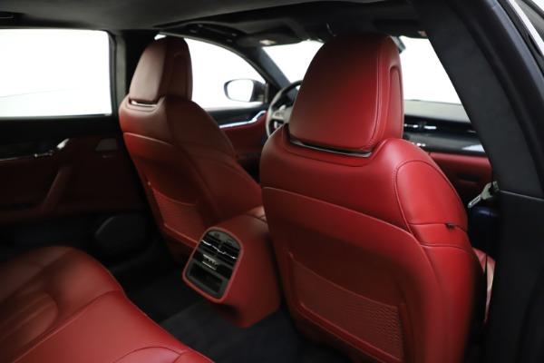 Used 2018 Maserati Quattroporte S Q4 GranSport for sale $67,900 at Bugatti of Greenwich in Greenwich CT 06830 28