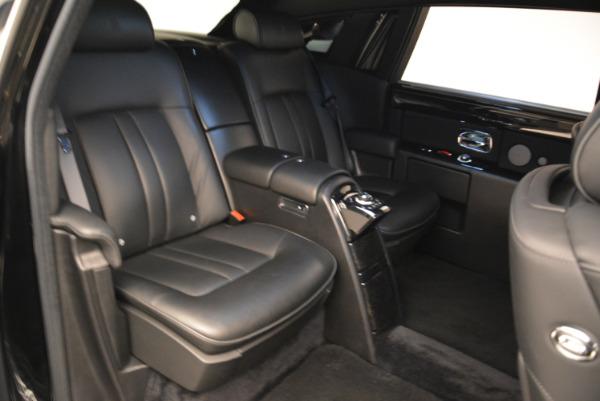 Used 2014 Rolls-Royce Phantom EWB for sale Sold at Bugatti of Greenwich in Greenwich CT 06830 14