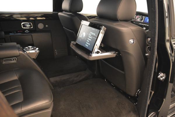 Used 2014 Rolls-Royce Phantom EWB for sale Sold at Bugatti of Greenwich in Greenwich CT 06830 17