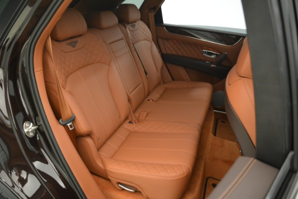 New 2018 Bentley Bentayga Signature for sale Sold at Bugatti of Greenwich in Greenwich CT 06830 17