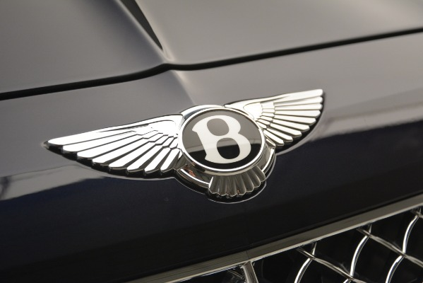 Used 2018 Bentley Bentayga Signature for sale Sold at Bugatti of Greenwich in Greenwich CT 06830 14