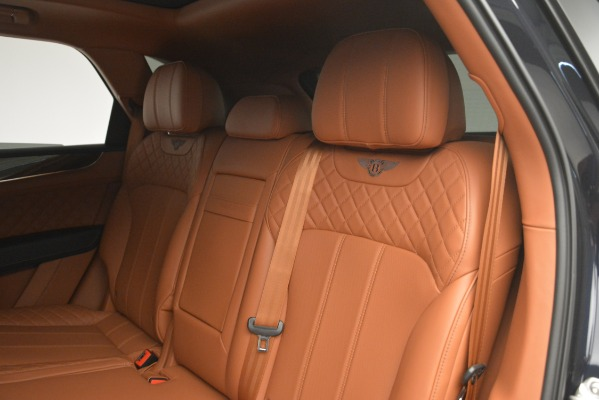 Used 2018 Bentley Bentayga Signature for sale Sold at Bugatti of Greenwich in Greenwich CT 06830 24
