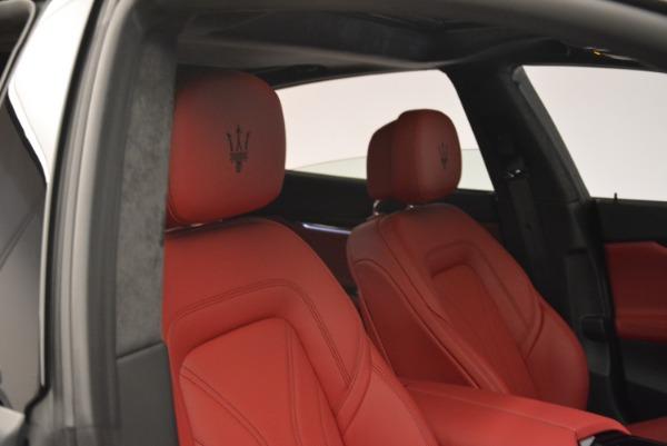 New 2018 Maserati Quattroporte S Q4 GranLusso for sale Sold at Bugatti of Greenwich in Greenwich CT 06830 25