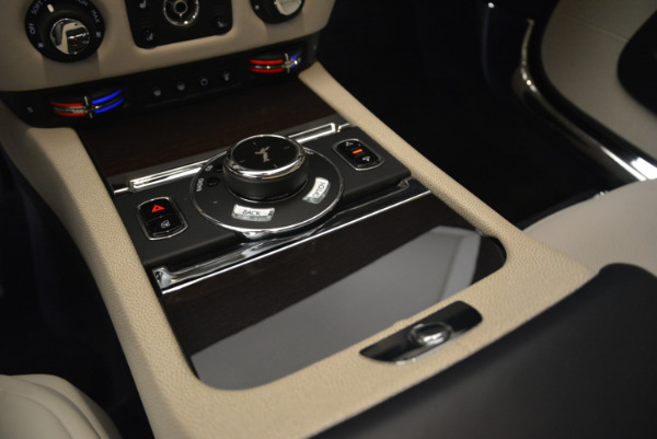 Used 2015 Rolls-Royce Wraith for sale Sold at Bugatti of Greenwich in Greenwich CT 06830 19