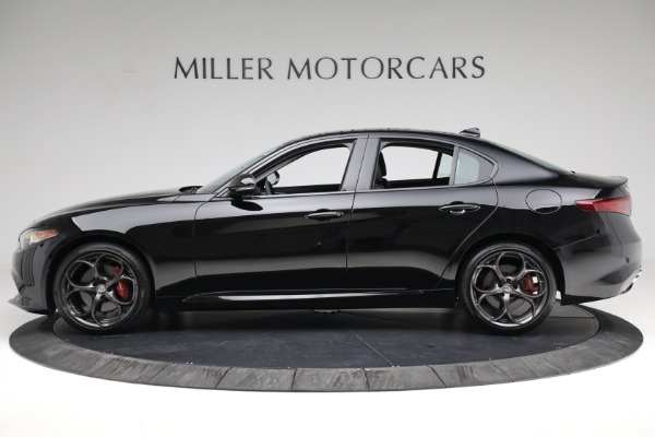 Used 2018 Alfa Romeo Giulia Ti Sport Q4 for sale $34,900 at Bugatti of Greenwich in Greenwich CT 06830 3