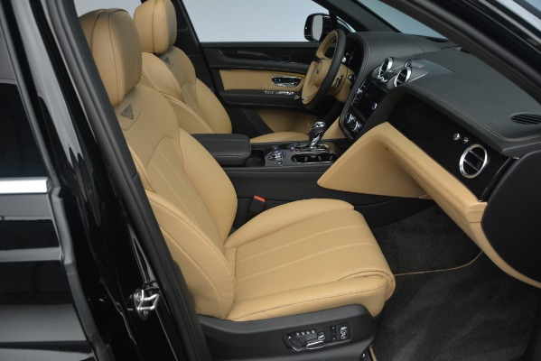 New 2019 Bentley Bentayga V8 for sale Sold at Bugatti of Greenwich in Greenwich CT 06830 28