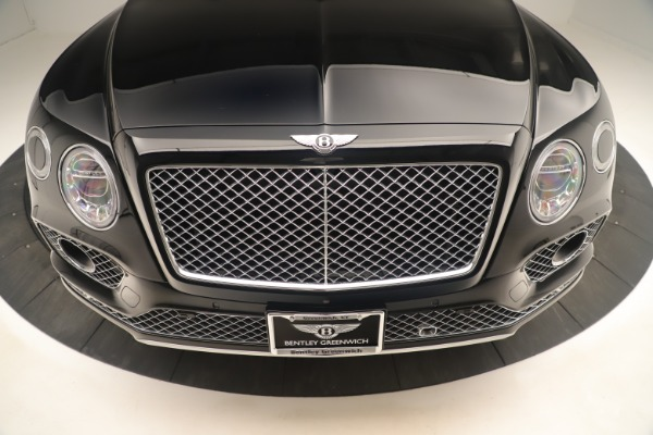 Used 2018 Bentley Bentayga W12 Signature for sale Sold at Bugatti of Greenwich in Greenwich CT 06830 13