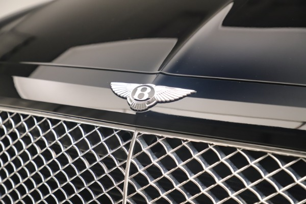 Used 2018 Bentley Bentayga W12 Signature for sale Sold at Bugatti of Greenwich in Greenwich CT 06830 14