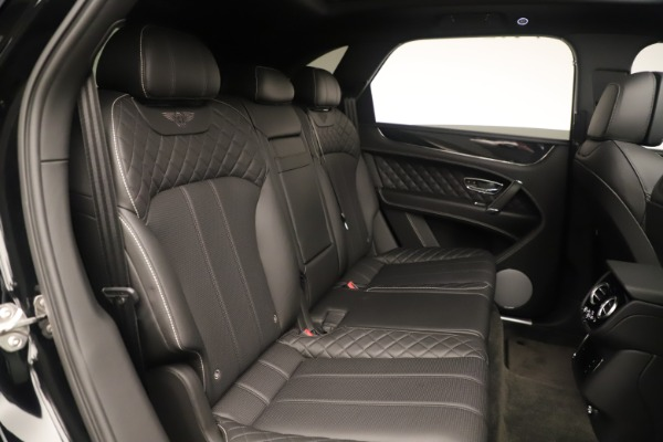Used 2018 Bentley Bentayga W12 Signature for sale Sold at Bugatti of Greenwich in Greenwich CT 06830 24